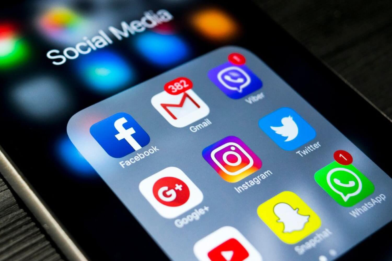 miniFORMATION social media