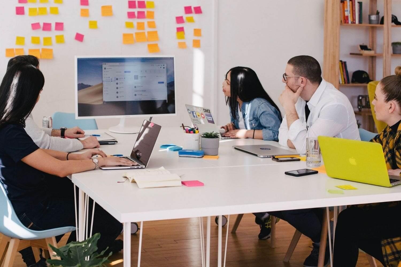 miniFORMATION environnement des affaires